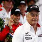 Penske Wins Saturn; Castroneves Wins Indy